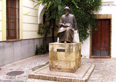 Monumento a Maimonides