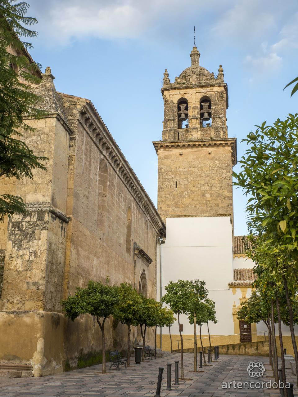 Torre-Campanario de la Iglesia de Santa Marina en Córdoba