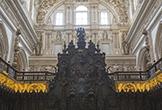 Detalle del Trono Episcopal en la Sillería de Coro de la Mezquita-Catedral de Córdoba