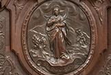 Relieve de la mártir cordobesa 'Santa Leocricia' en la Sillería de Coro de la Mezquita-Catedral de Córdoba