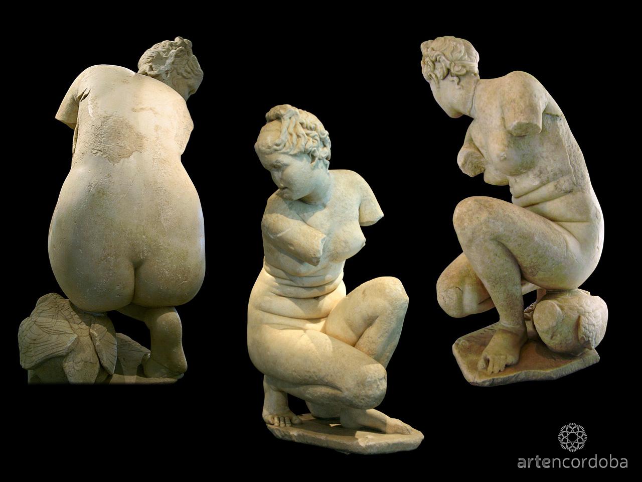 Afrodita agachada del Museo Arqueológico de Córdoba