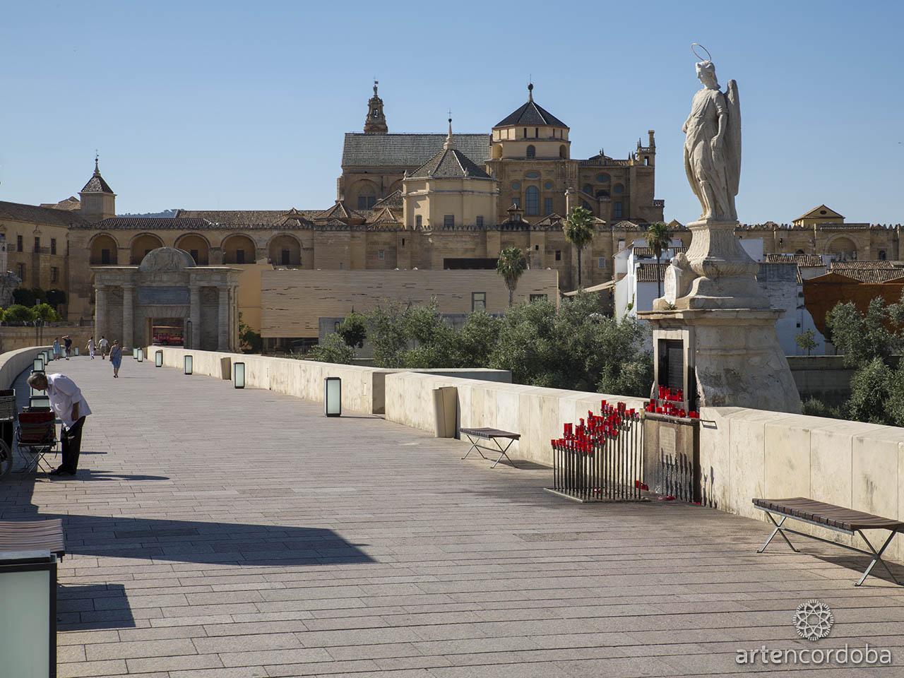 Triunfo de San Rafael del Puente Romano de Córdoba