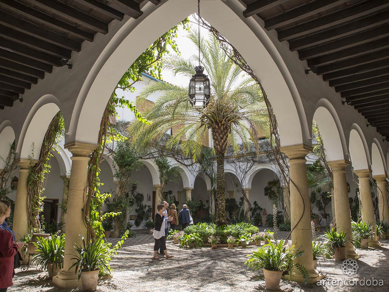 Patio Principal o de Recibo en el Palacio de Viana en Córdoba