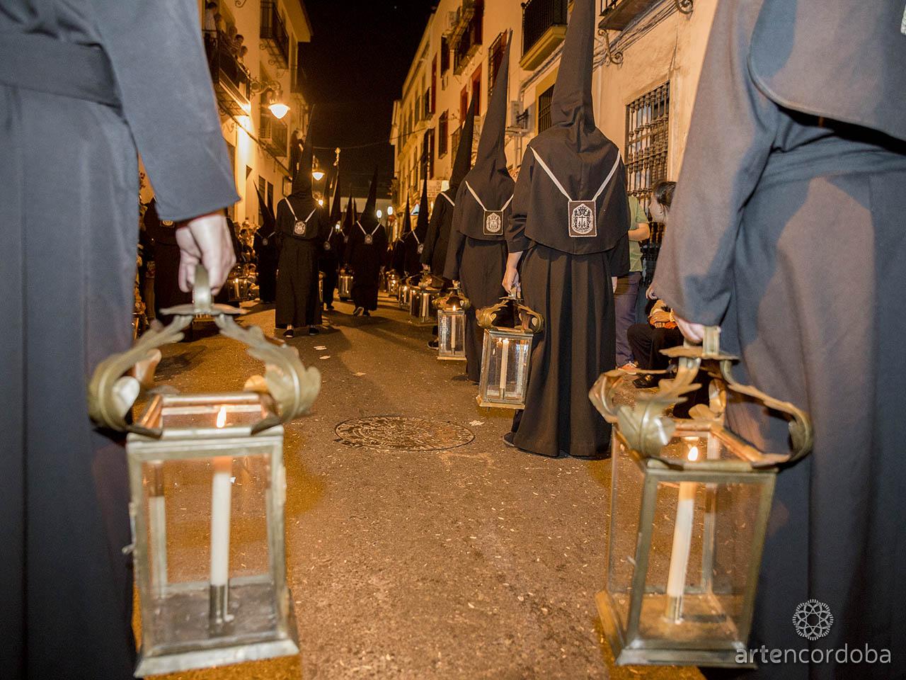Nazarenos de la Hermandad del Remedio de Ánimas de Córdoba